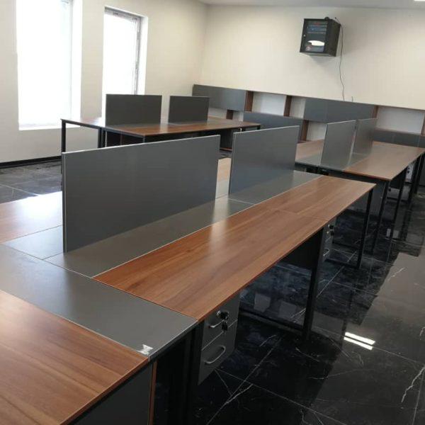 کار تیمی E 501 600x600 - میز پایه فلزی