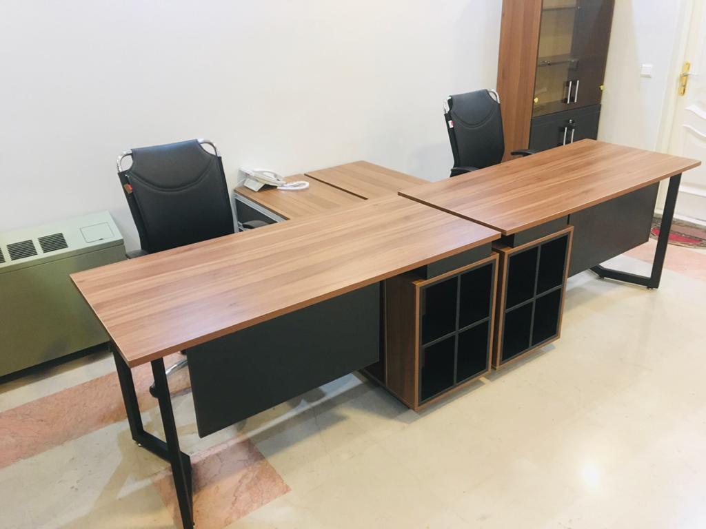 OVDY2783 - میز پایه فلزی